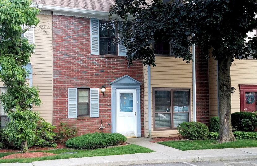 3 BR Westchester townhouse